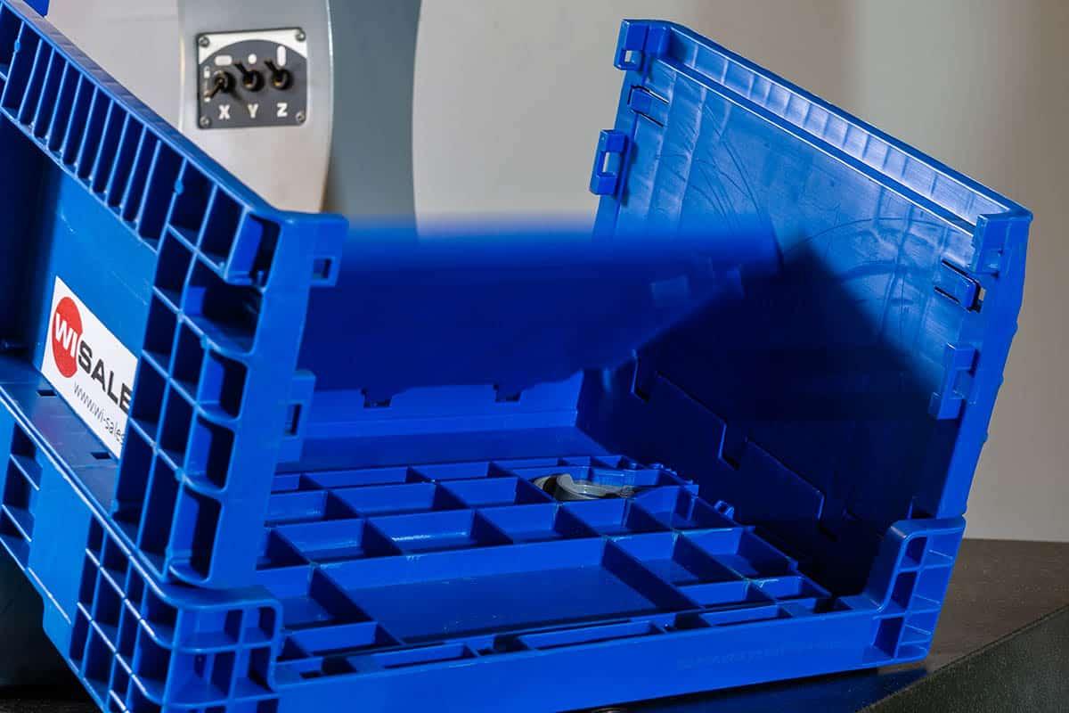 Klappbare Kleinladungsträger, Klappboxen aus Kunststoff. Faltbarer KLT aus Kunststoff. Abmessungen in Anlehnung an die VDA 4500.